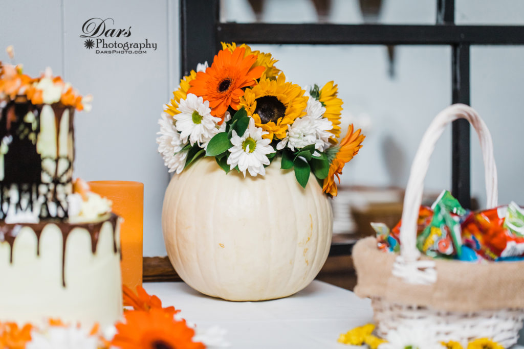 Beautiful Fall Wedding by DARS Photography @ DarsPhoto.com